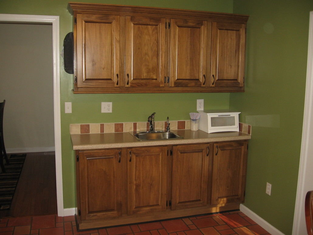 poplar kitchen cabinets procraft woodworks. Black Bedroom Furniture Sets. Home Design Ideas